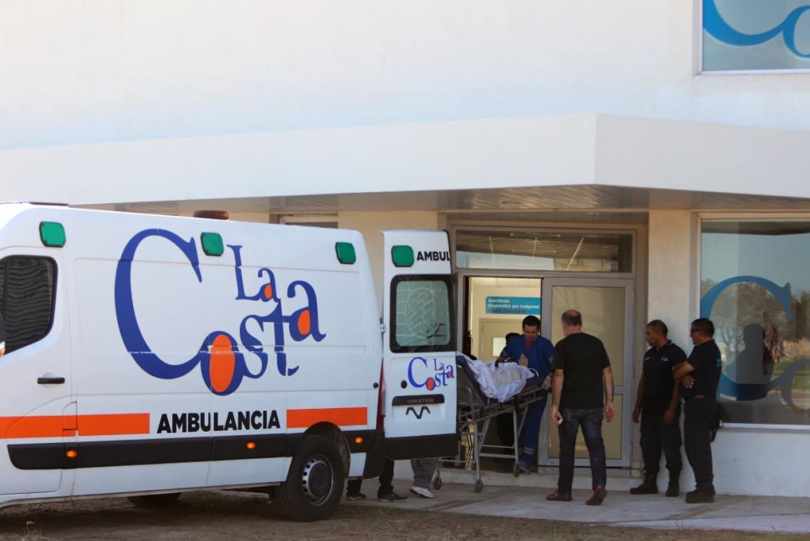 Comienzan a funcionar los turnos telefónicos en el nuevo Hospital de La  Costa | Entrelíneas.info