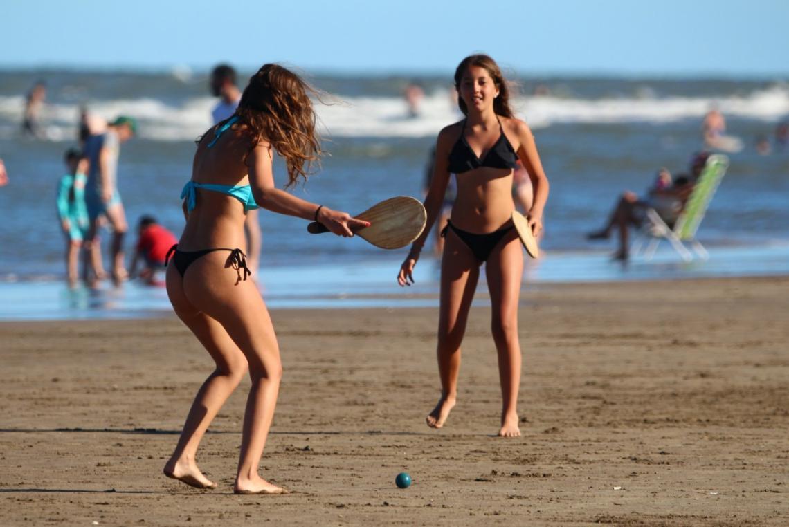 Imagen de Difunden recomendaciones útiles y cuidados para disfrutar de la playa
