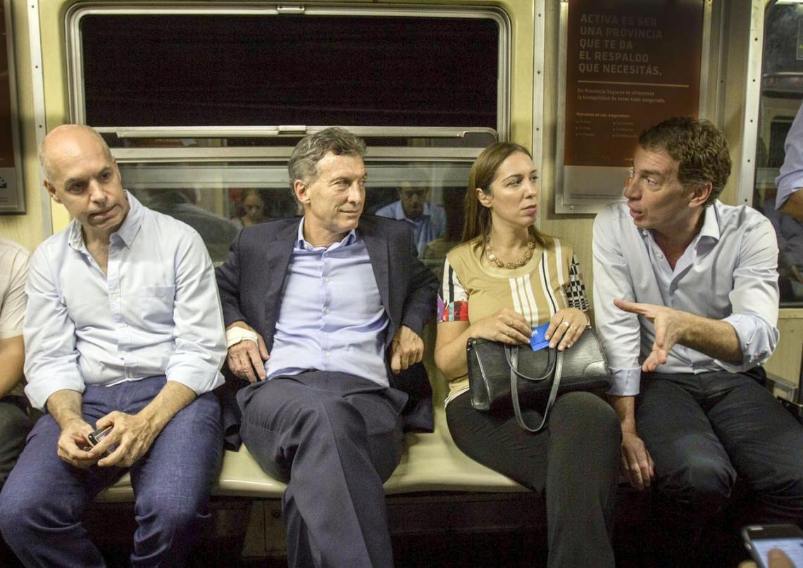 La interna de Juntos por el Cambio: Santilli y Carrió serán candidatos en  la Provincia mientras Vidal se refugia en la Ciudad | Entrelíneas.info