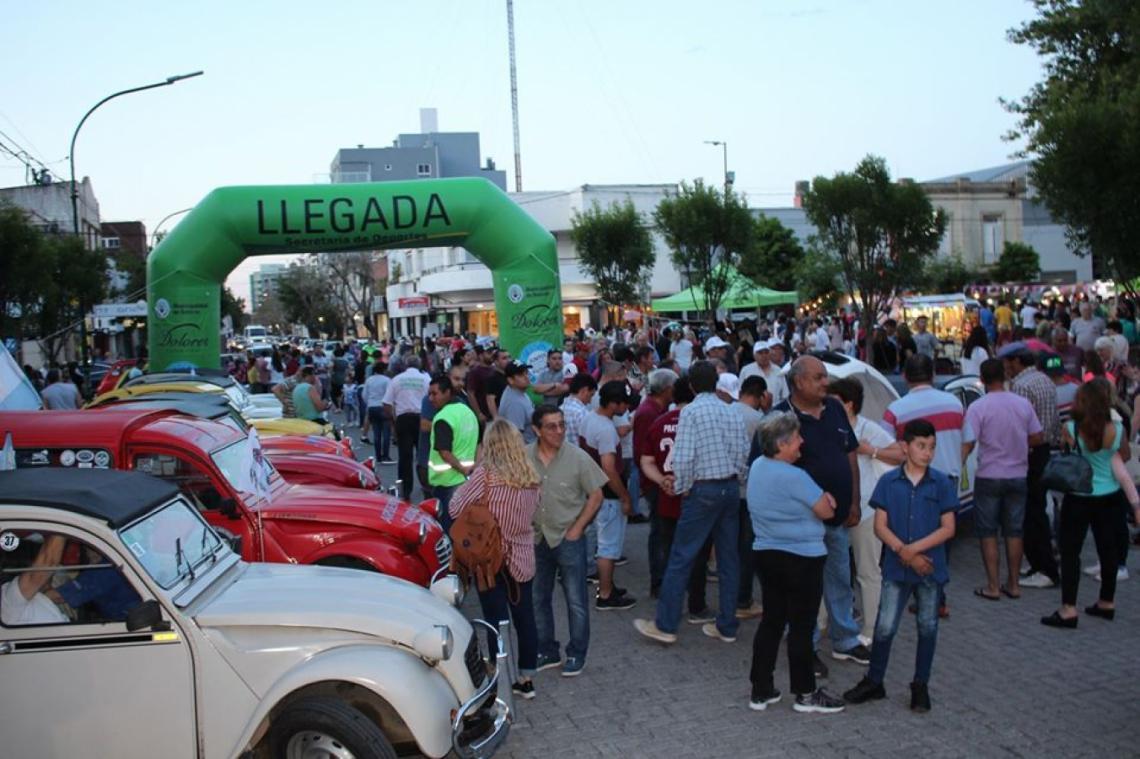 Así se vive la Tercera Fiesta de los Emprendedores en Dolores - Entrelíneas.info