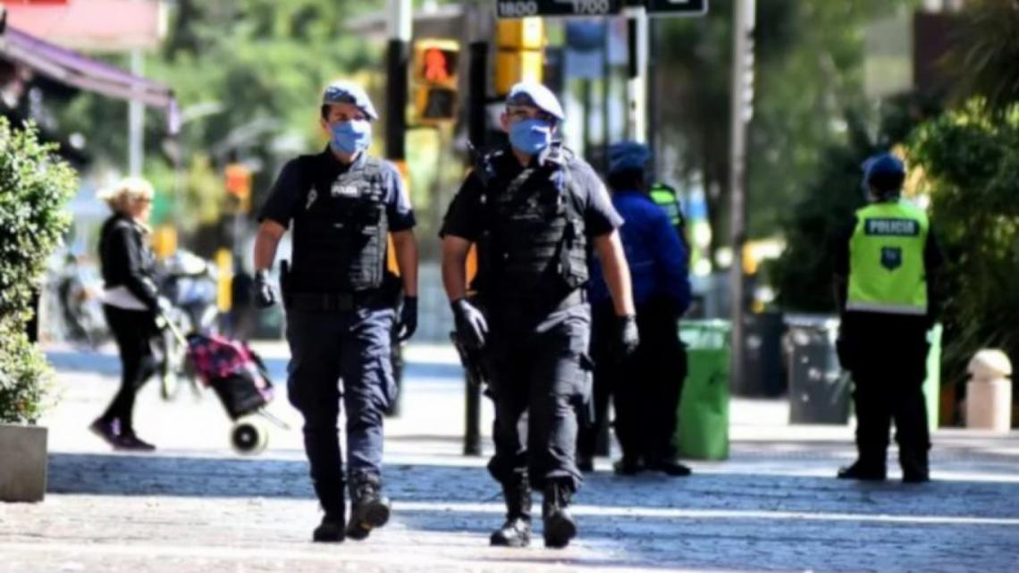 19 de abril: ¿Por qué se celebra el Día Nacional del Policía? |  Entrelíneas.info