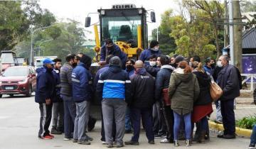 Imagen de Pinamar: ante la falta de pago de los salarios de junio, trabajadores municipales decretaron un paro general
