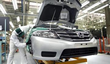 Imagen de Honda suspendió a 700 empleados de su planta de autos y motos de Campana