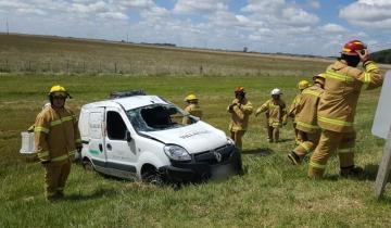 Imagen de Un herido en otro despiste y vuelco en la Ruta 2