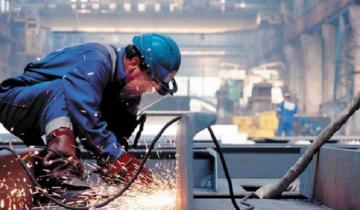Imagen de El país: la actividad económica cayó un 13,2% interanual en julio