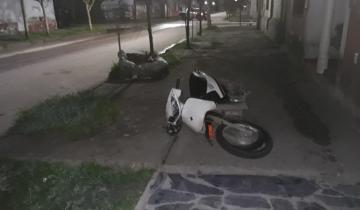 Imagen de Un auto chocó a una moto en Dolores y huyó