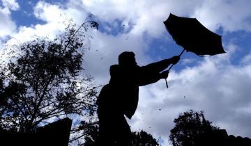 Imagen de Viento y frío en la previa del verano: hasta cuándo seguirá el mal tiempo