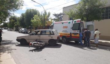 Imagen de Fuerte accidente en Dolores entre un auto y una moto
