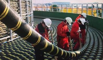 Imagen de Instalan en Las Toninas la fibra óptica que permitirá conectar la Argentina a la red mundial de cables submarinos