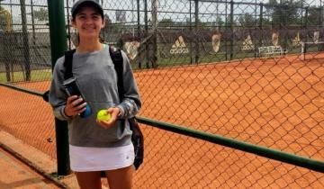 Imagen de La joven promesa costera Lara Díaz Zaya tuvo su debut como tenista profesional