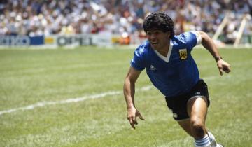 Imagen de El adiós a Diego Maradona: dónde está la camiseta azul que el 10 usó contra Inglaterra en México 86