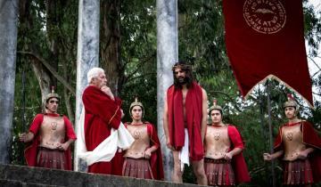 Imagen de Con 180 actores y 14 escenarios así es Jesús, el camino, cada Semana Santa en Castelli