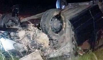 Imagen de Ruta 226: intentó pasar a varios vehículos y terminó volcando