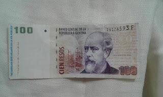 Imagen de General Madariaga: pagaron con un folleto que simulaba un billete de cien pesos