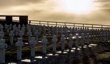 Imagen de Identifican restos de seis soldados argentinos inhumados en las Islas Malvinas