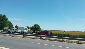 Imagen de Un automóvil despistó y chocó en la Ruta 63