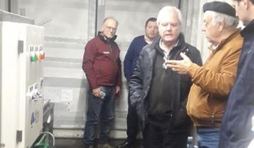 Imagen de General Lavalle: con visitas, ya funciona la Planta Potabilizadora y Envasadora