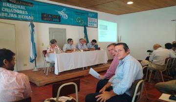 Imagen de Camilo Etchevarren participó de un encuentro con el ministro de Desarrollo Agrario
