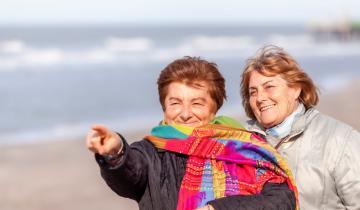 Imagen de En el día del amigo, una historia de 50 años de interminable amistad