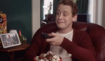 """Imagen de Video navideño: casi tres décadas después, Macaulay Culkin vuelve a ser """"Mi pobre angelito"""""""