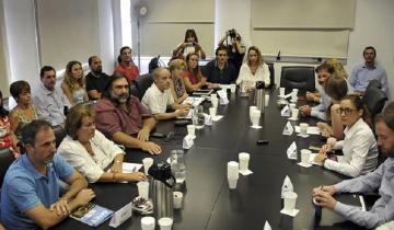 Imagen de El gobierno bonaerense convocó a los docentes y a los judiciales a paritarias