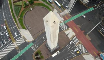 Imagen de Con un doodle de Google incluido, el Obelisco de Buenos Aires cumple 85 años este domingo y lució renovado