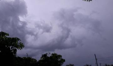 Imagen de Emiten un alerta por lluvias y vientos intensos para la Costa Atlántica