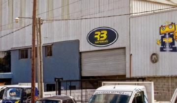 Imagen de Llegaron a trabajar y la fábrica estaba cerrada: 35 familias en la calle