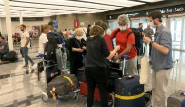 Imagen de Segunda ola: cierre de fronteras, vuelos suspendidos y nuevas medidas sanitarias para viajeros