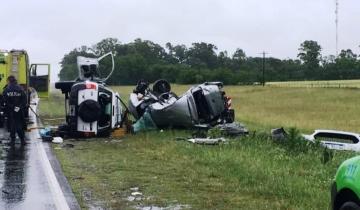 Imagen de Dos personas mueren tras un impresionante accidente en la ruta 3