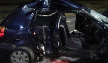 Imagen de Perdió el control del auto y se estrelló contra una columna de alumbrado de la Ruta 11