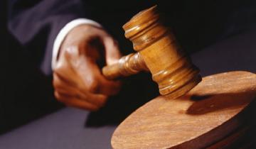 Imagen de Castelli: condenaron a 11 años de cárcel a una mujer que prostituía a su hija
