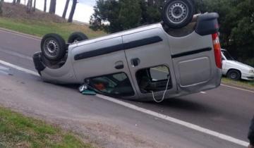 Imagen de Accidente en la Ruta 11: quiso esquivar a un perro y terminó volcando