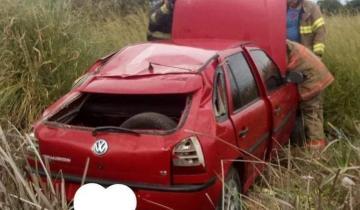 Imagen de Despiste y vuelco sin graves consecuencias en Ruta 74
