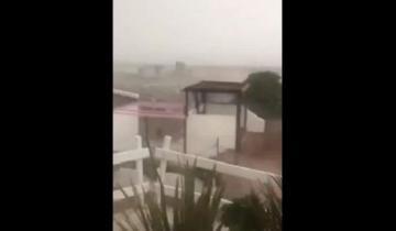 Imagen de En apenas minutos, de la tarde soleada al diluvio con granizo en Miramar