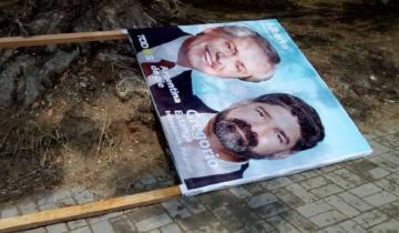 Imagen de Destrucción de cartelería política en Pinamar: piden explicaciones al intendente Yeza