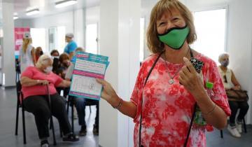 Imagen de El Partido de La Costa y Villa Gesell, los lugares turísticos más adelantados en la vacunación respecto de la cantidad de contagiados