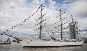 Imagen de Tensión diplomática: los tripulantes de la Fragata Libertad no pueden descender en suelo chileno