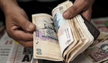 Imagen de El salario mínimo bajó más de la mitad desde que asumió Macri