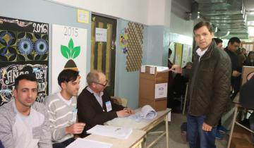 Imagen de Elecciones 2019 en vivo: Juan Pablo de Jesús votó en San Bernardo y dijo celebrar los 36 años de democracia