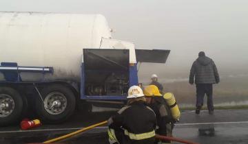 Imagen de Se incendió un camión de nitrógeno en la Ruta 2