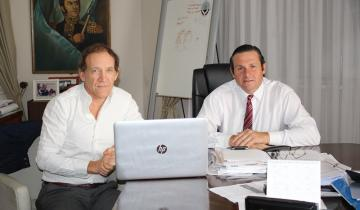 Imagen de Obras en Dolores: Etchevarren se reunió con el Director Provincial de Hidráulica