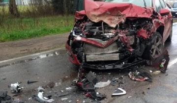 Imagen de General Belgrano: dos heridos tras impactante choque en la Ruta 29