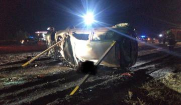 Imagen de Ruta 11: un vecino de Mar del Tuyú falleció esta noche al volcar con su auto