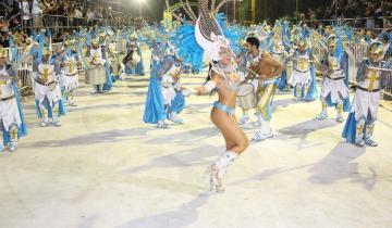 Imagen de Así se vivió una noche más del Carnaval del Sol en Dolores