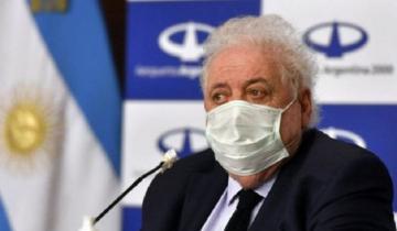 Imagen de Ginés González García fue internado para realizarse chequeos médicos