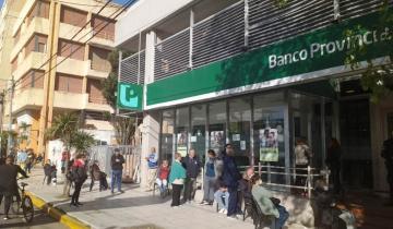 Imagen de Provincia: los bancos cambiarían el horario de atención durante el verano