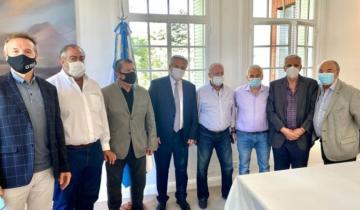Imagen de Intendentes, empresarios y gremios apoyaron a Alberto Fernández tras la renuncia de ministros