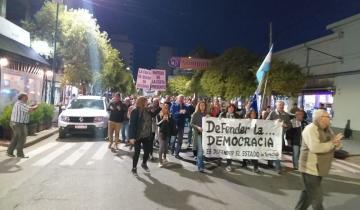 Imagen de Multitudinaria marcha en Dolores en apoyo al juez Ramos Padilla