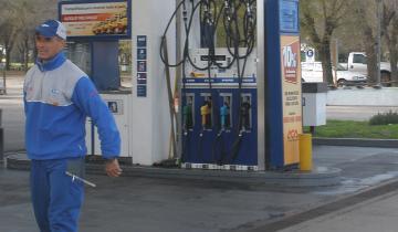 Imagen de Este viernes vuelve a aumentar el precio de la nafta